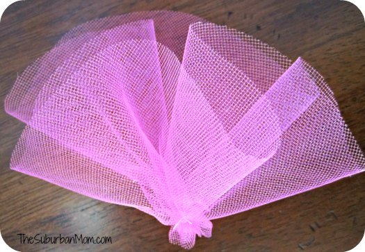 DIY Mini Top Hat Tulle Decoration Tutorial