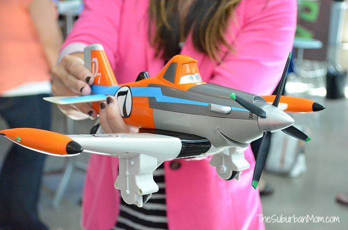 10 Awesome Toys Inspired By Disney S Planes Thesuburbanmom