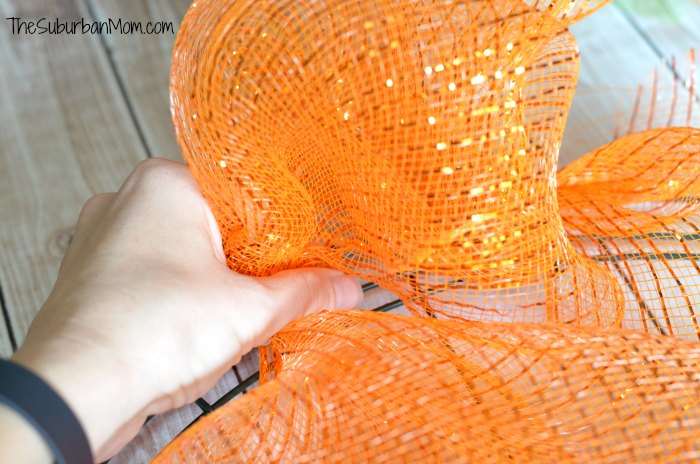 Deco Mesh Wreath Craft Tutorial