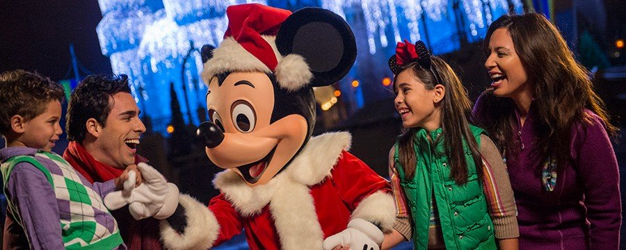 mickeys-very-merry-christmas-party