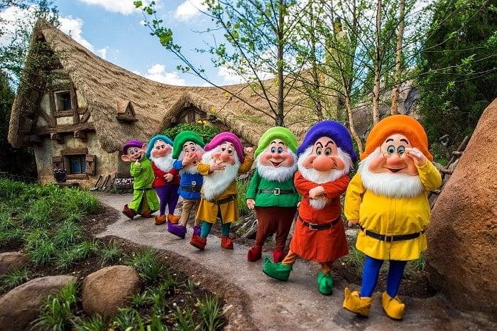7 dwarfs cottage