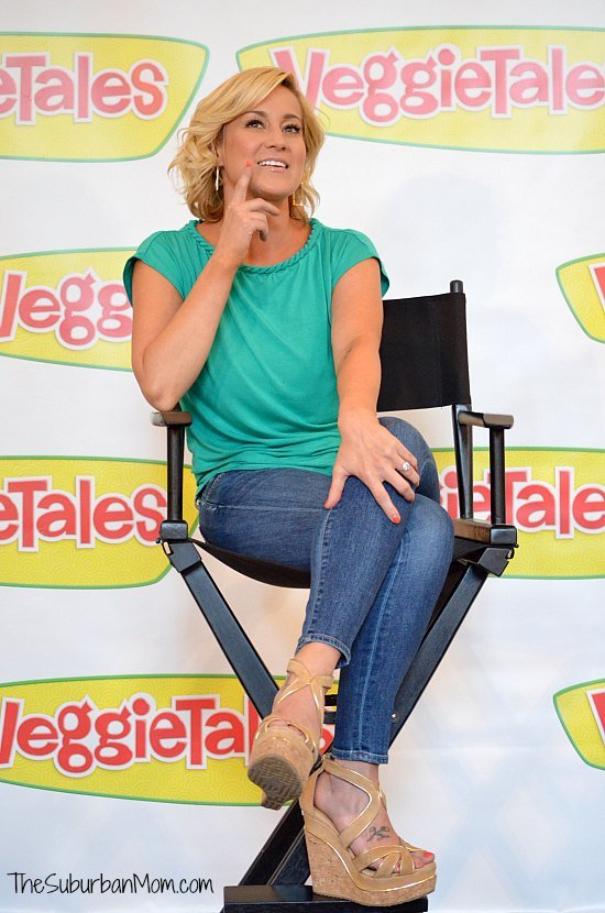 VeggieTales Kellie Pickler
