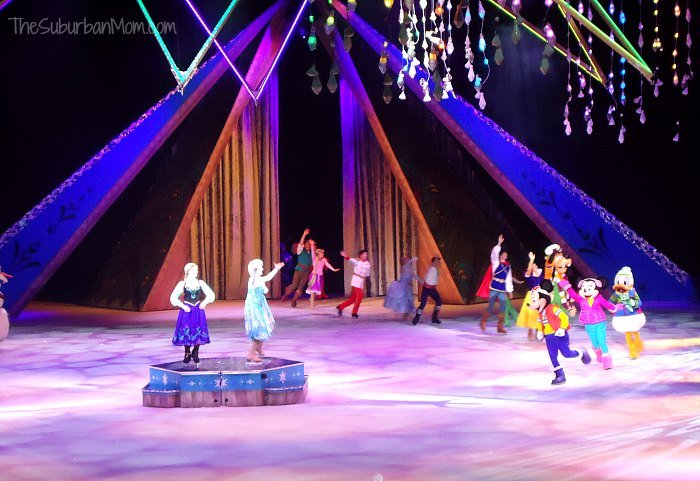 Disney on Ice Frozen Anna Elsa