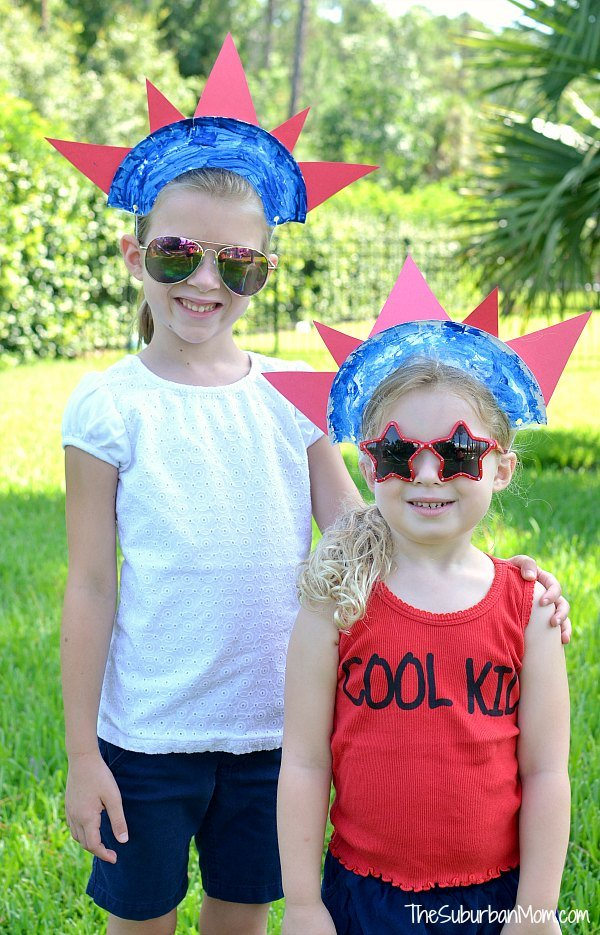 4th of July Paper Plate Crowns