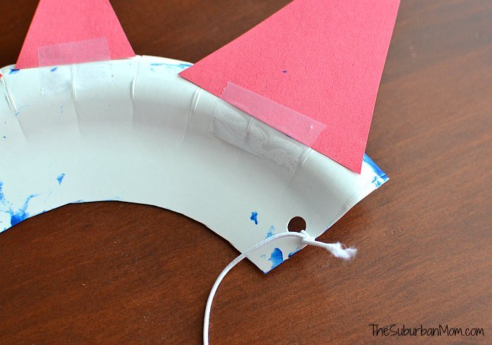 DIY Paper Plate Crown