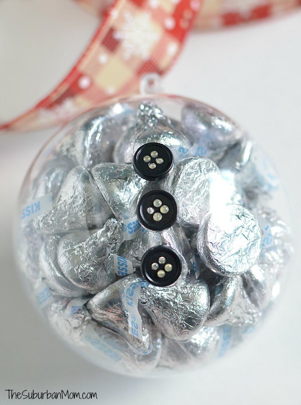 DIY Christmas Ornaments With Hershey\'s Kisses