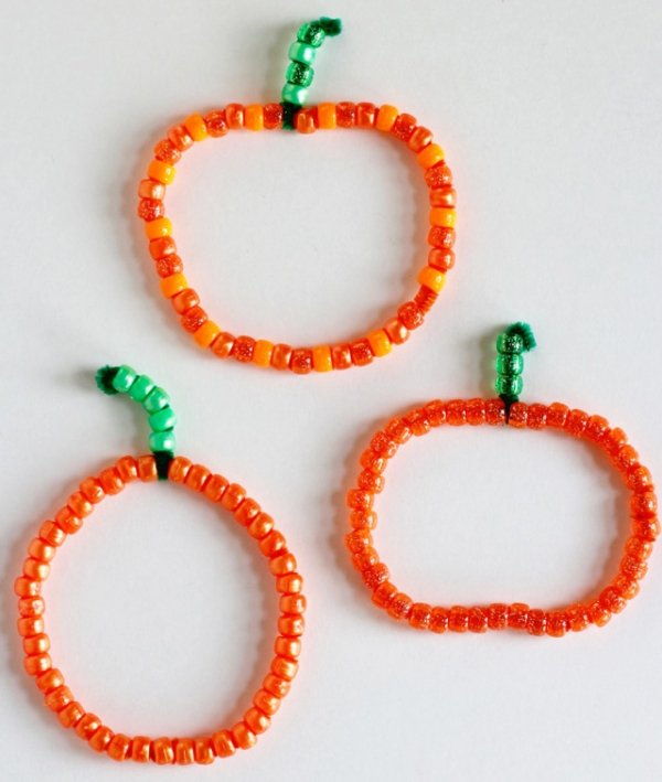 Beaded Pipe Cleaner Pumpkins
