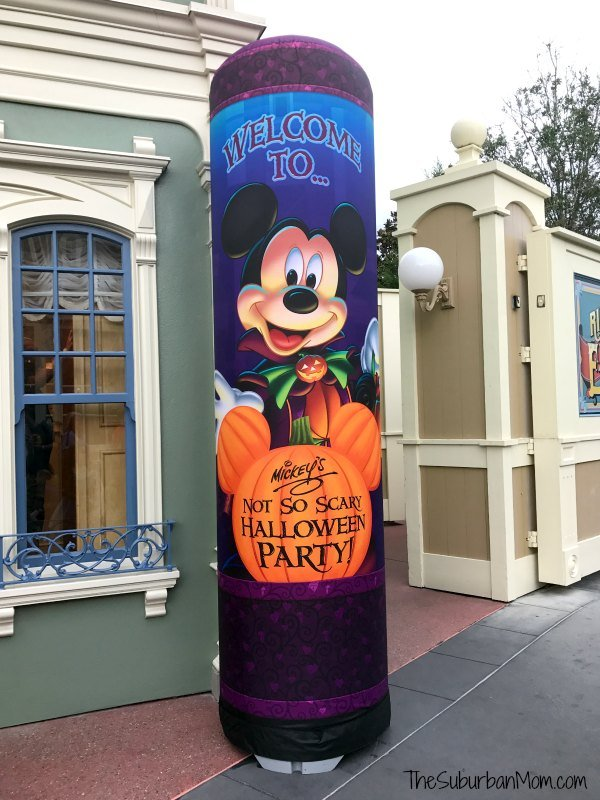 Mickey's Not So Scary Halloween Party Candy Station