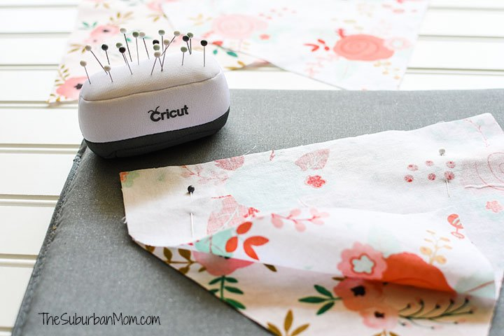 Cricut Pet Fashion Bandana Tutorial